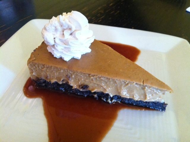 "Pumpkin Pie ""Cheesecake"" – the Perfect Treat for Thanksgi"