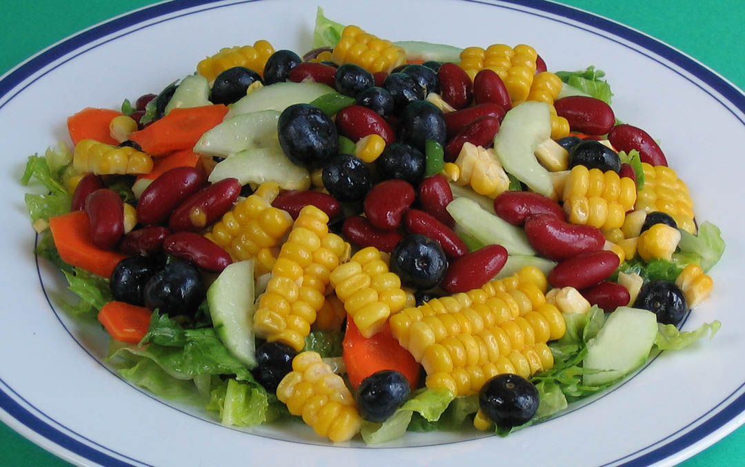 Easy Gourmet Recipes - Corn, Red Bean, and Blueberry Salad with Mango Dressing